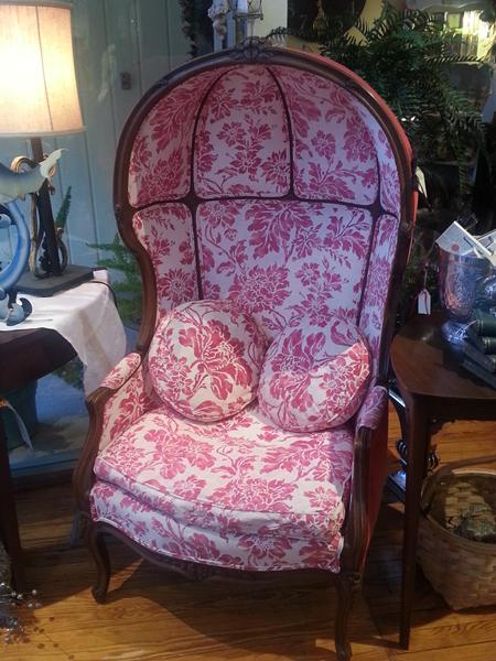 Captivating Pink Hooded Louis Xv Chair Martini
